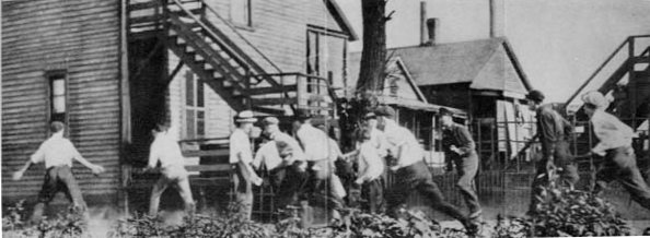white gang looking for blacks during the Chicago race riots of 1919.